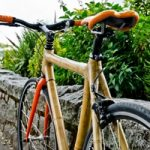 Come costruire una bici in bamboo?  Guarda il video